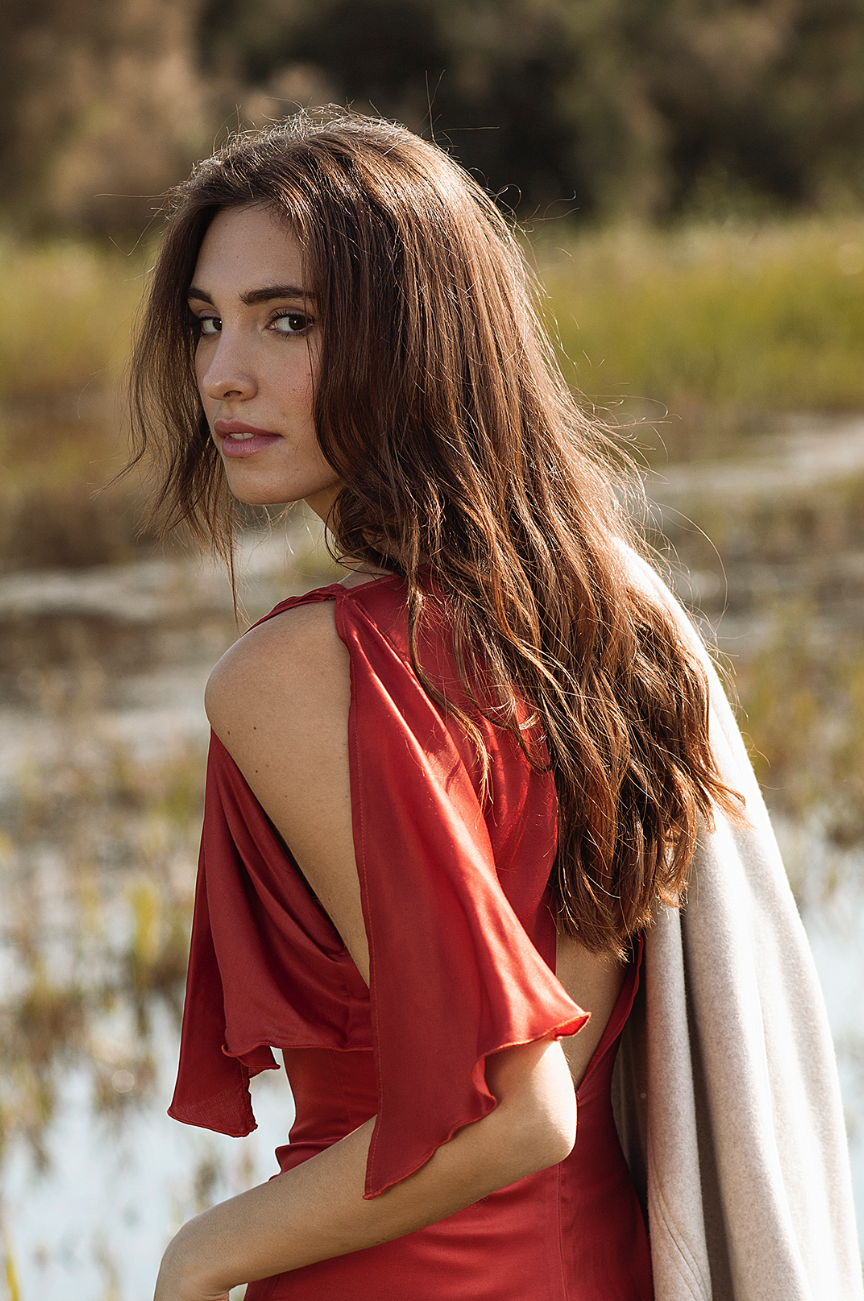 hupit-moda-sostenible-vestido-rojo-cupro-ecologico-1